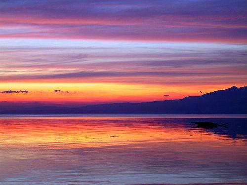 Red sky at morning (image from preetamari on Flickr)